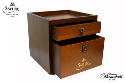 Saphir Care Cube. Brown